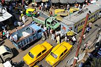 25. 02. 2011, Kolkata, West Bengal, India, Asia - A view from above of the daily street traffic in the Indian metropolis.