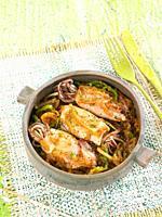 calamares con cebolla y pimientos / squid with onions and peppers
