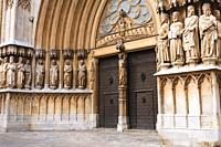 Main gate and facade of the Cathedral of Tarragona, Catalonia, Spain. The cathedral is situated in the old town of Tarragona at the city's highest poi...