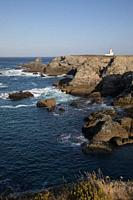 rocky coast and lighthouse, Les Poulains, Pointe des Poulains, Belle Ile island, Atlantic Ocean, Morbihan, Bretagne, France