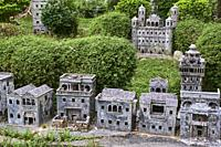 Chine, Province de Guangdong, Kaiping, patrimoine mondial de l'Unesco, Li Garden, les Diaolou sont des tours fortifiées / China, Guangdong, Kaiping, U...