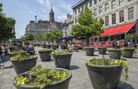 Place Jacques-Cartier, Old Montréal, Québec, Canada.