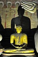 Sri Lanka, Dambulla, cave temple.