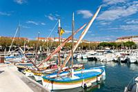 Harbor, Saint-Raphael, Var, Provence-Alpes-Cote d`Azur, France, Europe.