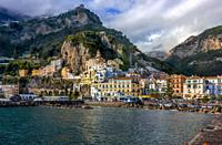 Amalfi cost in Italy. . I am absolutely sure Amalfi is the most beautiful town by Naples cost. I was there in October 2018. Yeo, colourful houses land...