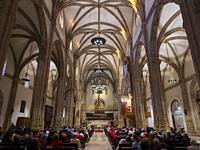 Catedral de Alcalá de Henares al atardecer. Madrid. España.
