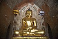 Htilominlo temple, Old Bagan and Nyaung U village area, Mandalay region, Myanmar, Asia.