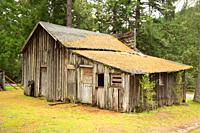 Barn, Golden State Park, Oregon.