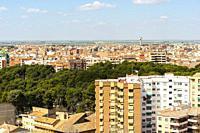 View of the Parque Abelardo Sánchez and the city of Albacete, Albacete, Castile-La Mancha, Spain.