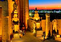 Statues of Ramses II in First Court, Luxor Temple, Luxor, Upper Egypt, Egypt