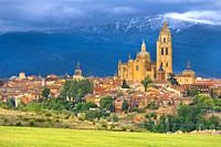 Panoramic View, Segovia, UNESCO World Heritage Site, Castilla y León, Spain, Europe.
