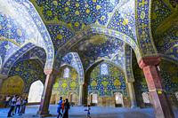 Walls with polichrome tiles. Shah Mosque. Naghsh-e Jahan Square. Isfahan, Iran. Asia.