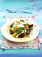 ensalada de anguila ahumada con mollejas de pato / smoked eel salad with duck gizzards