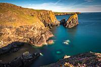 Dramatic scenery at Kynance Cove on the Lizard peninsula, Cornwall, England, United Kingdom, Europe.