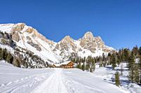 San Vigilio di Marebbe, Fanes, Dolomites, South Tyrol, Italy, Europe. Alpine hut on Fanes with the peak of Furcia dai Fers.