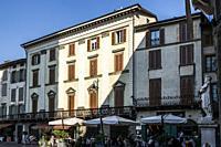Piazza Vecchia (Old Square), Upper City (Città Alta), Bergamo, Lombardy, Italy, Europe.