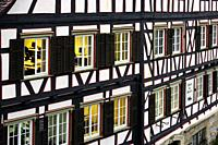 Traditional German half-timbered house, Marktplatz, historic part of Schwäbisch Hall, Schwäbisch Hall, Baden-Württemberg, Germany, Europe