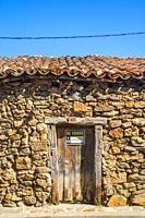 Old granary on sale. Villavieja del Lozoya, Madrid province, Spain.