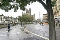BATH ENGLAND UK ON OCTOBER 11, 2019: Gothic style Anglican church Bath Abbey, Bath, England in a rainy morning.