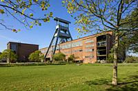 Herten, D-Herten, Ruhr area, Westphalia, North Rhine-Westphalia, NRW, hard coal mining, coal-pit Ewald 1/2/7, powerhouse, shaft 7, pit tower, magazine...