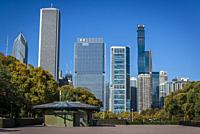 Grant Park and skyline of skyscrapers north the Millennium Park, Chicago, Illinois, USA.