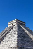 The central Castle of the Mayan Chichen Itza cultural site on the Yucatan peninsula of Mexico.