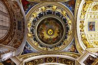 Interior of Sant Isaac's Cathedral or Isaakievskiy Sobor,Sant Petersburg,Russia.
