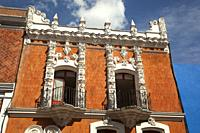 View to the facade of the building that was used in the past as Antiguo Colegio De San Pablo in the historic center, Puebla, Puebla State, Mexico, Cen...