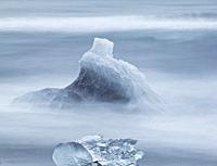 Icebergs at the Diamond Beach, Breidamerkursandur, Iceland.