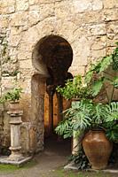 baños árabes, - Banys Ã. rabs - portal con arco de herradura , siglo X, Palma, Mallorca, islas baleares, españa, europa.