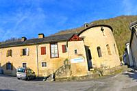 Street Scene, Typical Architecture, Village of Sarrance, Aspe Valley, Pyréné-Atlantiques,Pyrenees, Nouvelle-Aquitaine Region, France, Europe.