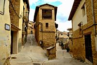 Curious building between streets in La Fresneda, Matarraña, Teruel, Spain.