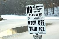 Keep off ice sign at Lower Pond, AW Stanley Park, New Britain, Connecticut.