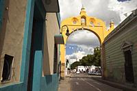 View to the San Juan Arch-Arco De San Juan in the historic center, Merida, Yucatan State, Mexico, Central America