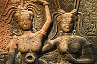 Bas relief of apsara at Angkor Wat temple complex. Angkor archaelogical park,Siem Reap Province,Cambodia,South East Asia.