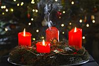 advent wreath, german, european pre-Christmas tradition.