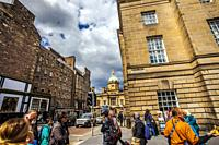 Museum on the Mound on background, Royal Mile, Lawnmarket street, Old Town, Edinburgh, Scotland, United Kingdom, Europe.