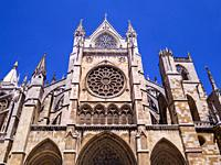 Catedral gótica de Santa María (fachada sur). León. Castilla León. España.