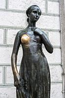 Statue of Juliet at Marienplatz, Munich, Bavaria, Germany.
