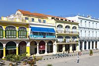 Plaza Vieja with its restored porticoed buildings. Habana Vieja, Havana, Cuba.