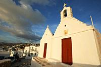 Chapel in town center at the afternoon light, Mykonos, Cyclades Islands, Greek Islands, Greece, Europe.