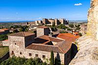 Alcazaba vista desde la iglesia de Santa María la Mayor. Trujillo. Cáceres. Extremadura. España.