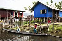 Houses on stilts, Maing Thauk village, Inle lake, state of Shan, Myanmar, Asia.