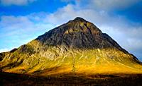 First light on Buchaille Etive Mor, Glen Etive, Highlands of Scotland.