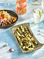 calabacines con wakame en vinagre