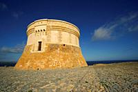 torre de Fornells (s. XVIII). Bahia de Fornells. Menorca. Illes Balears. España.
