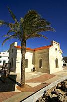 Oficinas portuarias. Puerto de Fornells. Bahia de Fornells. Menorca. Illes Balears. España.