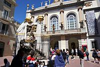 Main façade of the Dali Theatre and Museum. On the foreground, Dali's monument to Catalan philosopher Francesc Pujol. City of Figueres, Girona, Catalo...