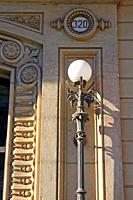 Lamppost of stately home on Paseo de Gracia, Barcelona, ??Catalonia, Spain