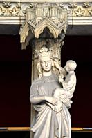 Virgin and Child in the Sainte Chapelle,Paris,France.